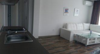 Двустаен апартамент до северен плаж Приморско